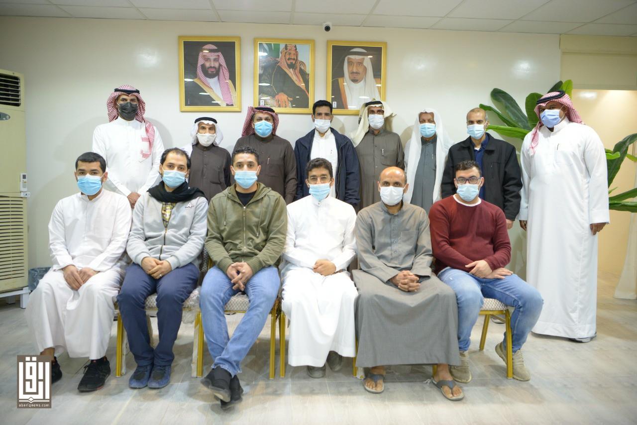 Photo of لجنة التنمية تستضيف أعضاء فرع الجمعية بحلة محيش